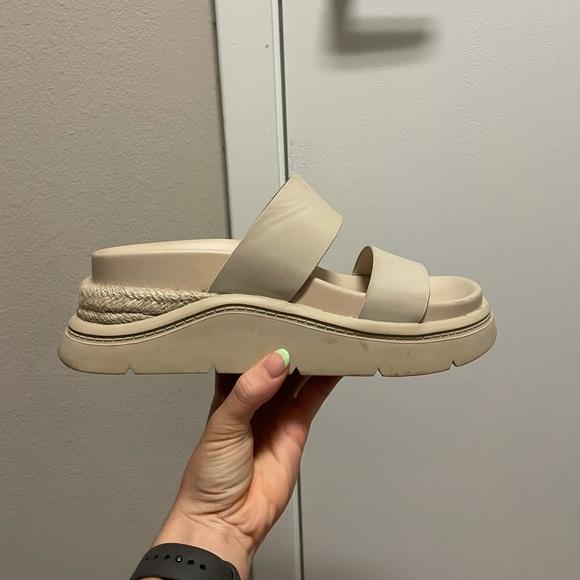 Nude Zara Chunky Platform Slide Sandals 40/9.5